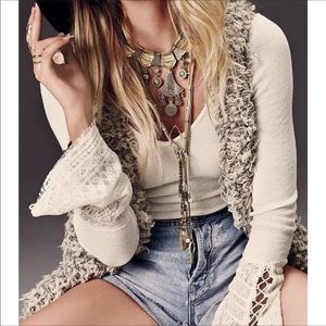 EUC!! Free People Juliet Lace Cuff Thermal Blouse